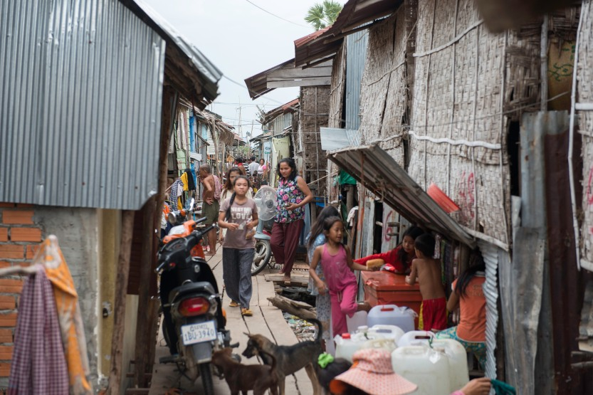 One of the slums in Phnom Penh, Cambodia. Source: Habitat for Humanity